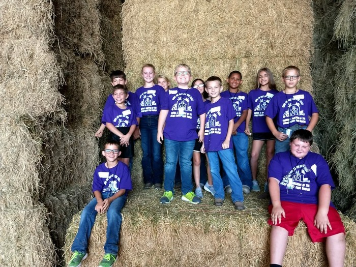 Mrs. Larsen's Class at Kids Ag Day on the Farm